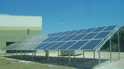 The photovoltaic system at Oak Hammock Middle School in Ft. Myers is near completion.
